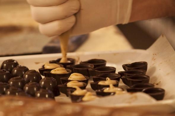Preparazione cioccolato a Eurochocolate