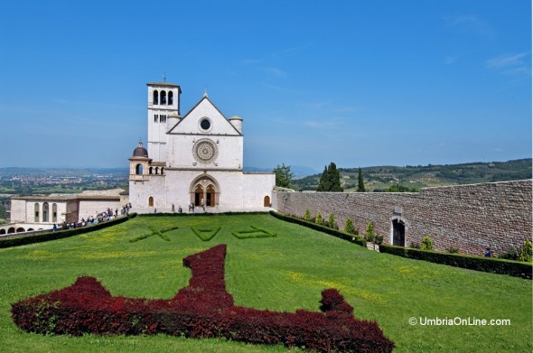 Facciata della Basilica di San Francesco di Assisi