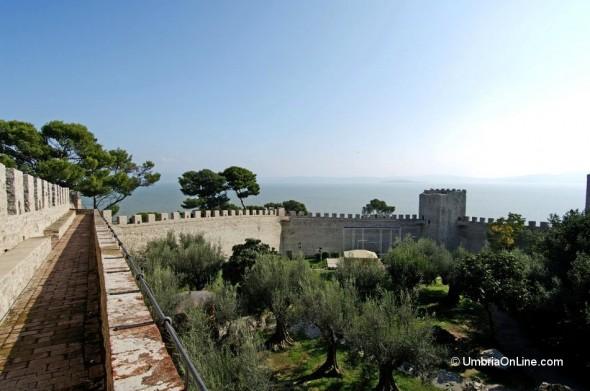Merlatura Castello del Leone a Castiglione del Lago