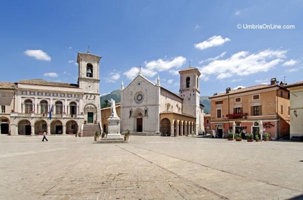 Vista di Piazza San Benedetto a Norcia
