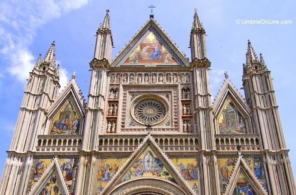 Particolare del rosone del Duomo a Orvieto