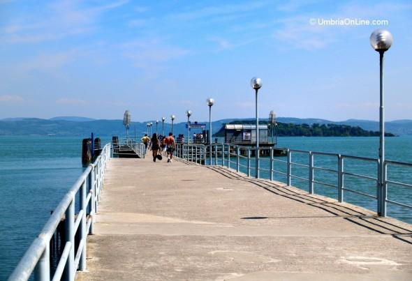 Il pontile della città di Tuoro sul Trasimeno